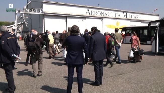 Milano, arrivati 73 medici inviati al Nord da Protezione civile
