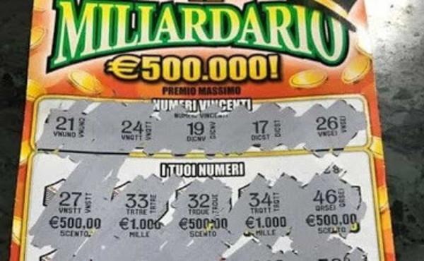 Gratta e Vinci, pensionato pensa di aver vinto 500 euro: va dal tabaccaio a riscuotere, la scoperta sconvolgente