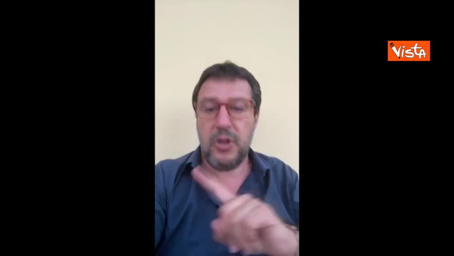 """""""Puzzo? Dopo due ore in mezzo a quella gentaglia…"""". Salvini su Mondragone"""