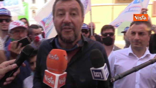 Salvini su Berlusconi: 'Senatore a vita? Ruolo da abolire'