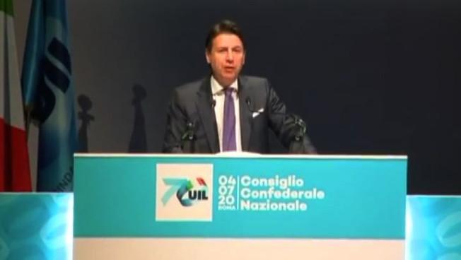 Coronavirus, Conte: non abbassare guardia ma nessun terrore