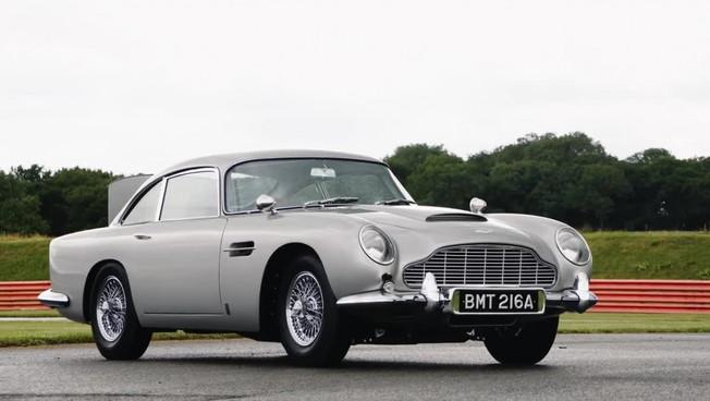Torna la Aston Martin DB5 Goldfinger