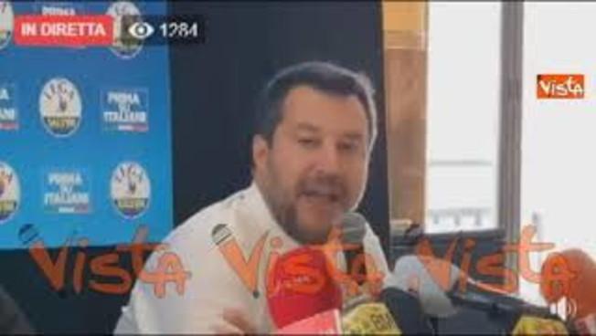 Salvini sfida Conte: 'Non vado da lui domani, prima deve pagare i soldi della cassa integrazione'