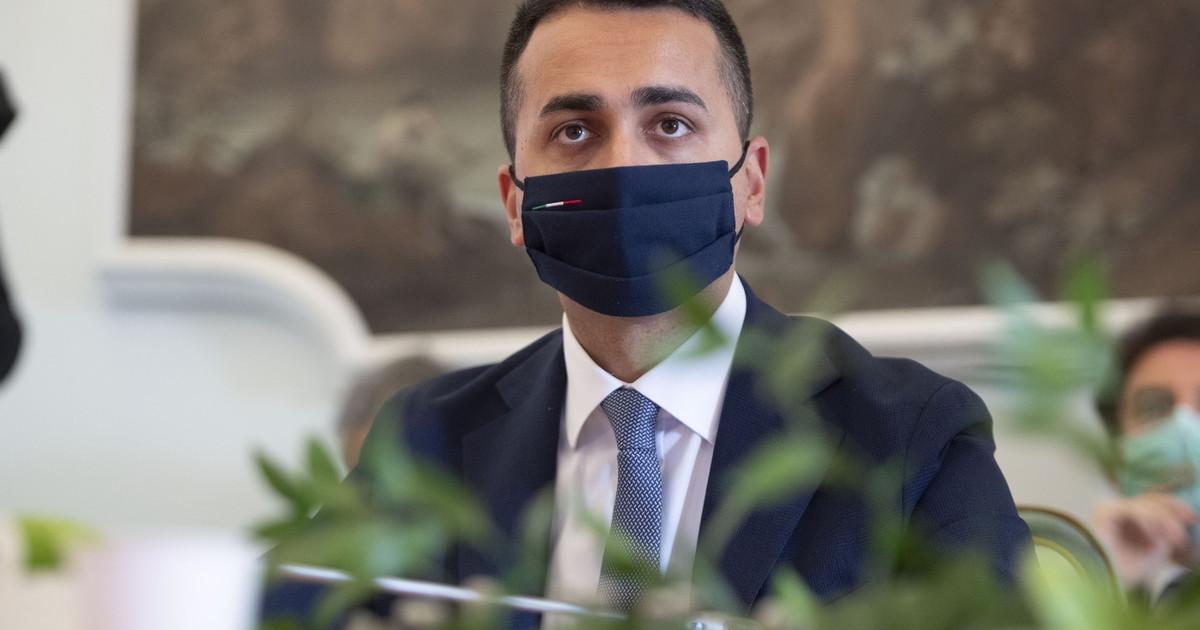 """""""Così potrete dire di aver vinto voi"""". Franceschini """"si è comprato"""" Di Maio: Benetton, ecco la verità sull'accordo farsa"""