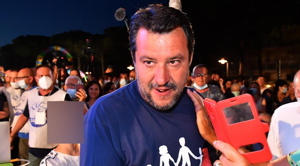 Non risponde al mio avvocato da 2 mesi, cosa nasconde? Joker di Salvini, una forte accusa contro Conte