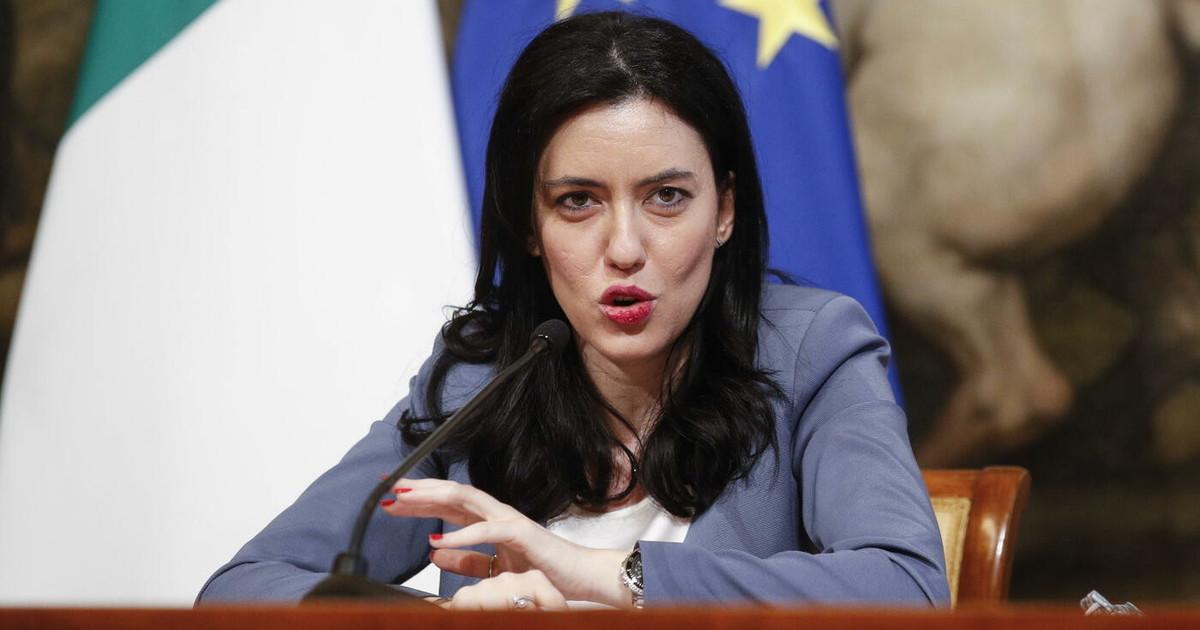 Lucia Azzolina, l'ultima clamorosa gaffe del ministro dell'Istruzione ...