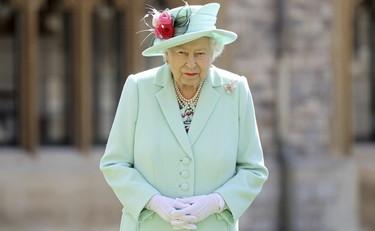 Regina Elisabetta Atto Di Reggenza E Potere A Carlo Antonio Caprarica La Bomba E La Verita Sulla Salute Libero Quotidiano
