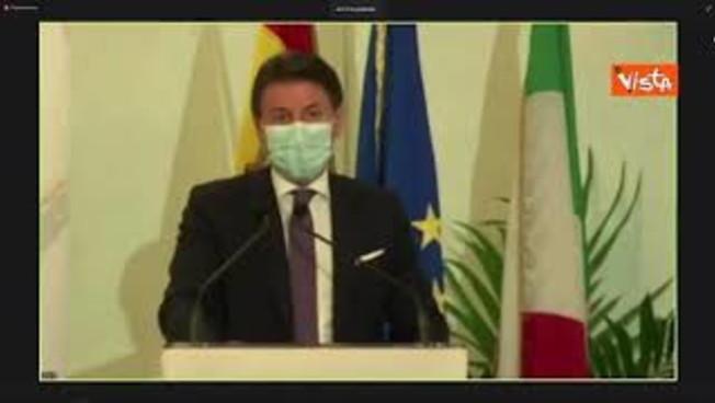 'Serve una visione strategica': Giuseppe Conte si prende per i fondelli da solo?