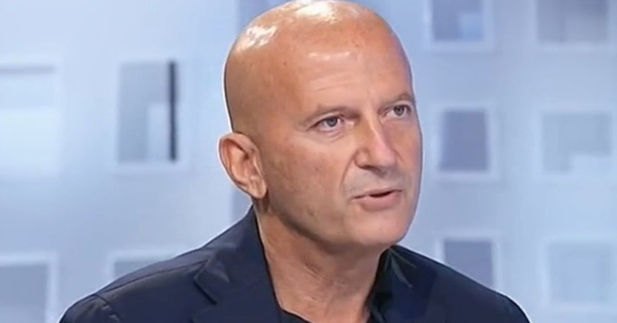 """Mes, Augusto Minzolini su Berlusconi: """"Un'altra strambata così? O vince l'America's Cup, o si cappotta"""""""