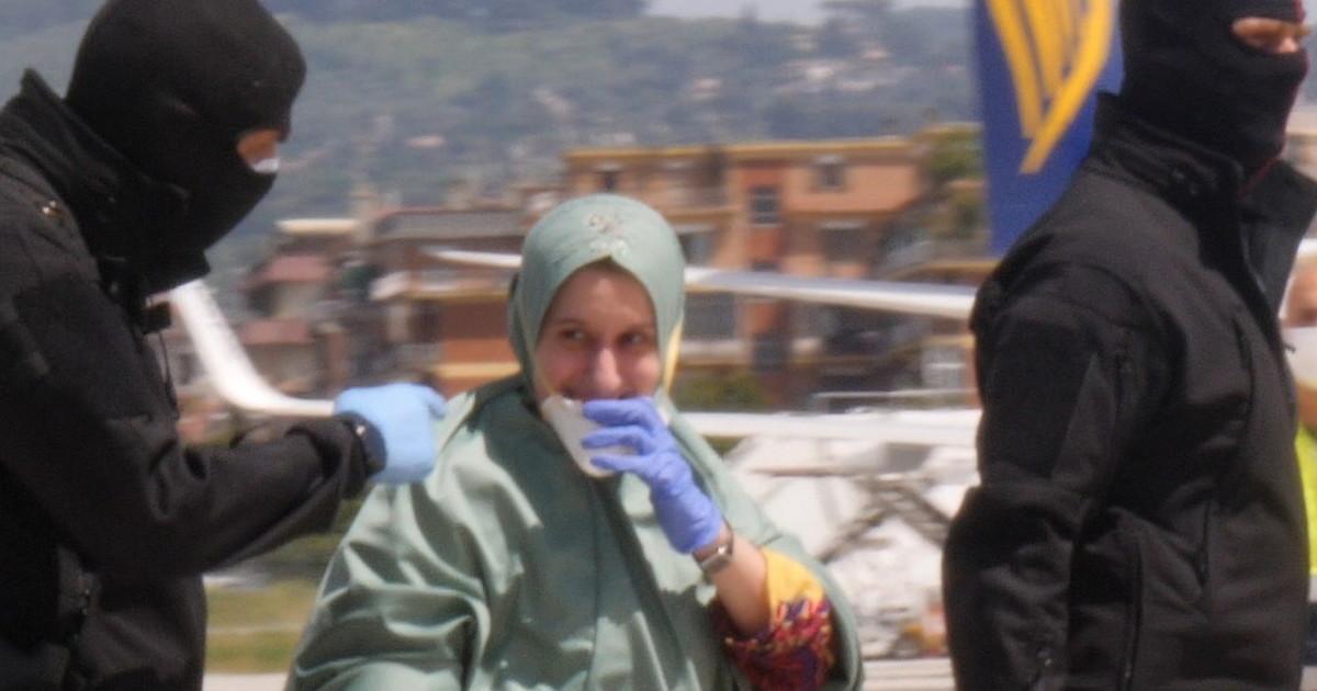 """Le Iene, il testimone sul rapimento di Silvia Romano: """"Un Gps nell ..."""