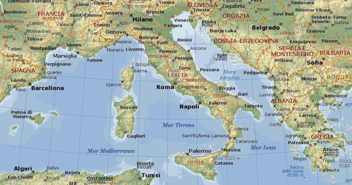 Bari Cartina Geografica.Italia Quale Citta E Piu A Est Tra Roma Venezia Napoli E Trieste Sconcertante Verita Cartina Geografica Ribaltata Libero Quotidiano