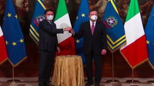 Passa Bell, attenzione (tanto) a Conti: Drama on Live TV   video