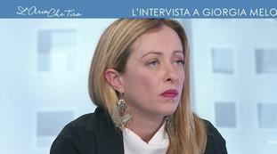 Tiri fuori una sola parola. Myrta Merlino spalleggia Selvaggia Lucarelli, Giorgia Meloni a valanga: zittite (tutte e due) | Video