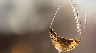 Vino blanco con plomo, grave riesgo para la salud: aterrador, comenzó la abstinencia en Italia