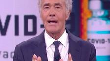 Non rispondono alle domande, scappano come la Casamonica: la furia di Massimo Giletti a Non è l'Arena | video