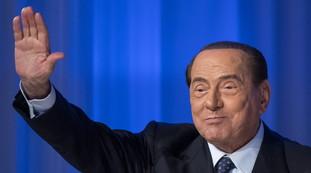 Ha scopato molto di più. Donne e Pd, la vergogna di Natalia Aspesi contro Berlusconi: ecco l'odio della sinistra