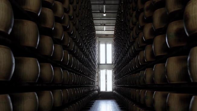 Parmigiano Reggiano, vendite in crescita del 12% rispetto a pre-pandemia