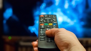 Who will have to buy a new TV.  A digital revolution with a rip: in 4 months, you pay for it