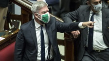 Was it his signature?  From Fdi, great doubt about Fedez: After the RAI suit, Parliament is outraged
