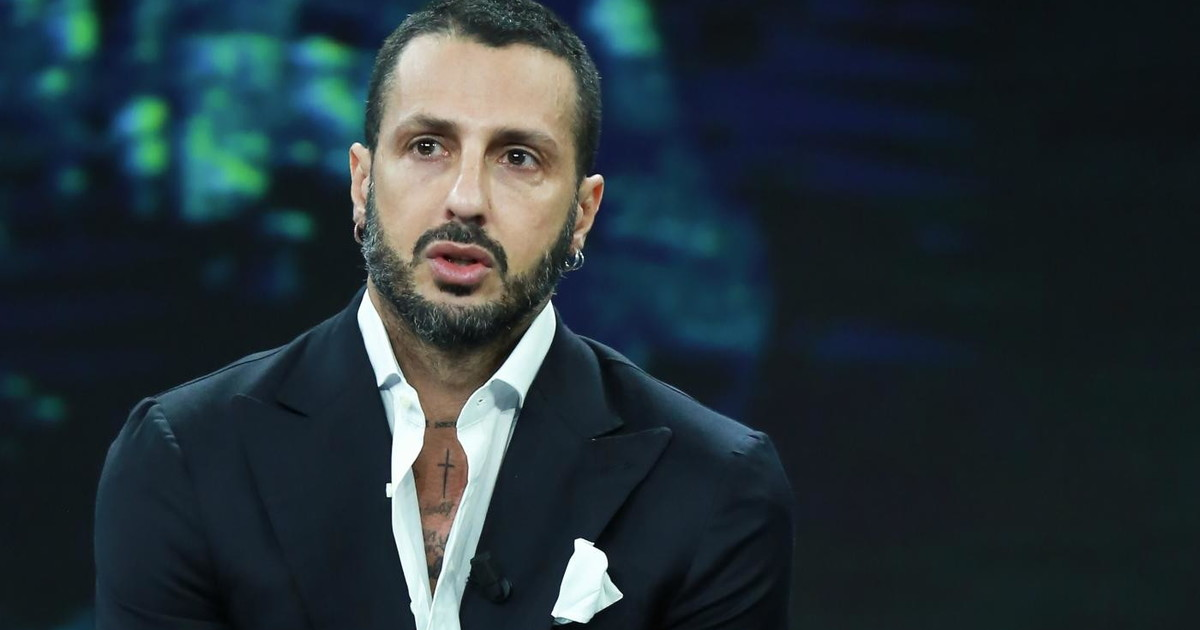 Fabrizio Corona under house arrest, do you know who has chosen as manager?  The disconcerting partnership |  Look