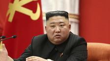 Condannato a morte per i jeans (e attenzione ai capelli): l'ultima mania di Kim Jong-un, per cosa ti sta uccidendo