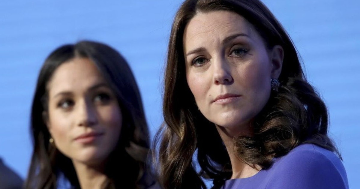 Chiamate segrete tra Meghan Markle e Kate Middleton: all'insaputa di Harry, il (disperato) tentativo di entrare nel mondo reale