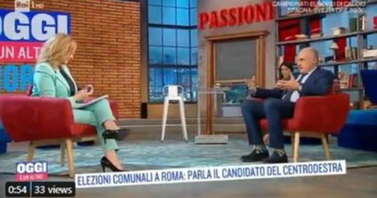 I'm not going to hit her, do you know why?  Oh amazing Mitchiti, so humiliate the radio pulpit Virginia Raggi: Technical Knockout