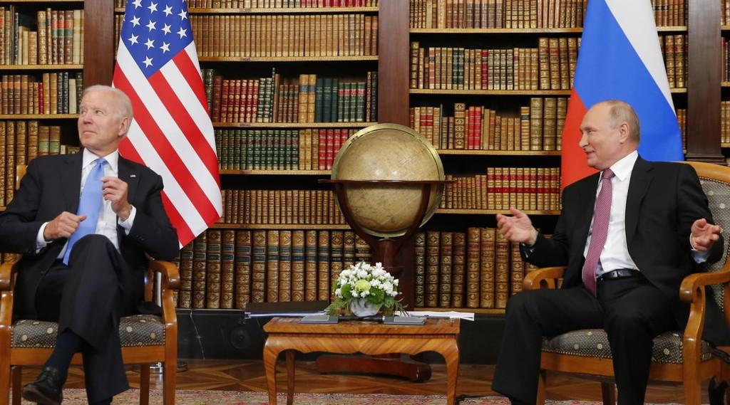 Am I in the White House?  Vladimir Putin, call (not) too heavy: What happened with Joe Biden