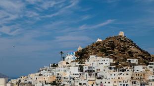 Positivo in vacanza in Grecia, l'incubo di 15 studenti italiani. Abbandonato dalla Farnesina?