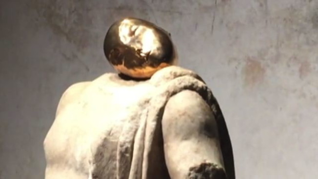 Francesco Vezzoli a Brescia, la stratificazione come forma d'arte