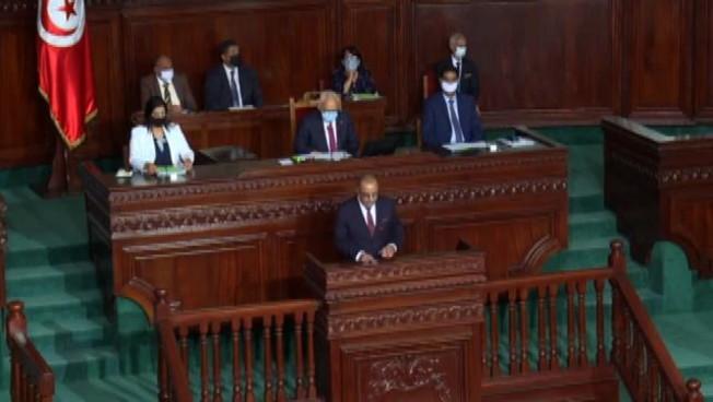 Tunisia, il Parlamento: le decisioni del presidente sono 'nulle'
