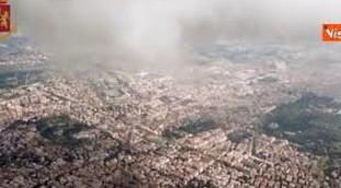 Terrore in quota, il drone prende di mira un aereo di linea: la follia di un pensionato finisce male