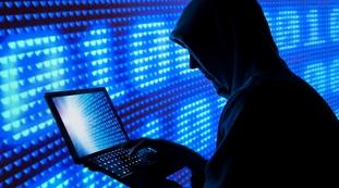 L'impiegato nel lavoro intelligente. Attacco hacker, ecco perché la Regione Lazio è ostaggio: clamorosa scappatoia interna