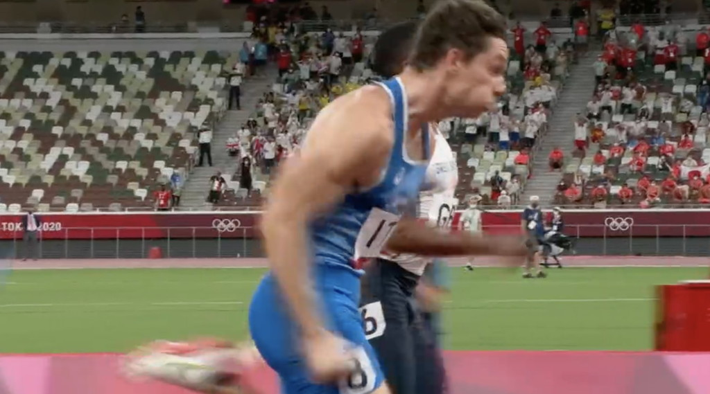 This is not a dream: Gold 4x100 m.  Alien Jacobs, Wonder Tortu: British curved at the end of the photo