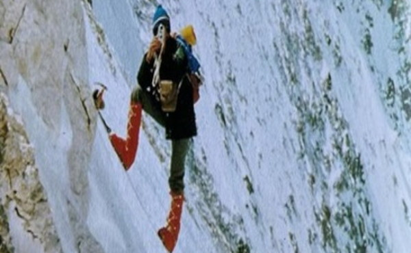 """Reinhold Messner, il dramma: """"Ho i piedi distrutti, tra poco sarò morto"""", la lettera che non avrebbe mai voluto scivere"""