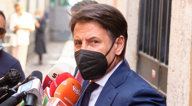 unpaid vacation.  Giuseppe Conte is officially unemployed: the disgraceful end of the professor