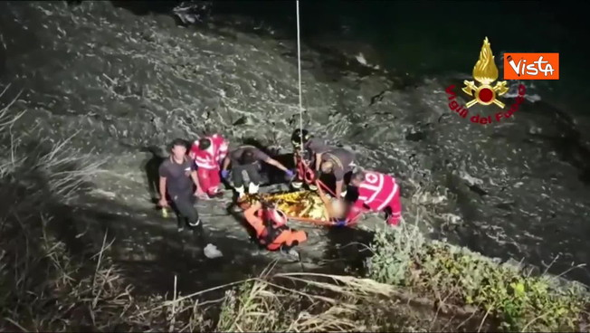 Gênova, Drama: Um pescador cai de um penhasco, é assim