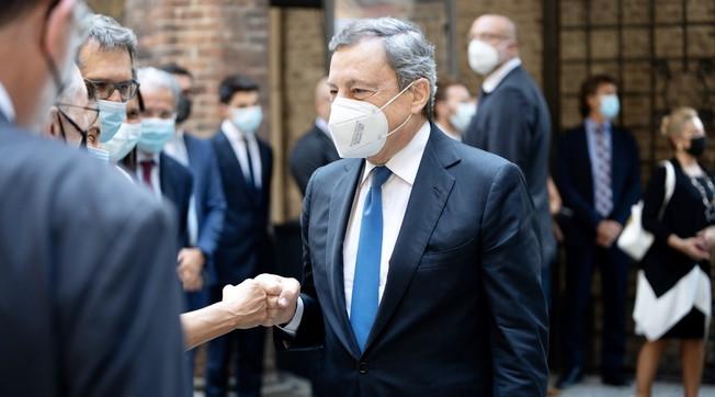 Per il Colle invece.... Allora è tutto vero: retroscena bomba, basta una frase. Così il premier Draghi fa saltare il banco