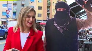 ¿Qué opinas de los talibanes?  La pregunta desata a los musulmanes: para una reportera de Striscia termina en desgracia y la situación se deteriora