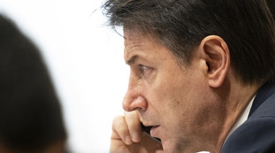 fondos y transacciones sospechosas.  ¿Quién es Di Donna, leal a Giuseppe Conte en problemas: la tríada insoluble?