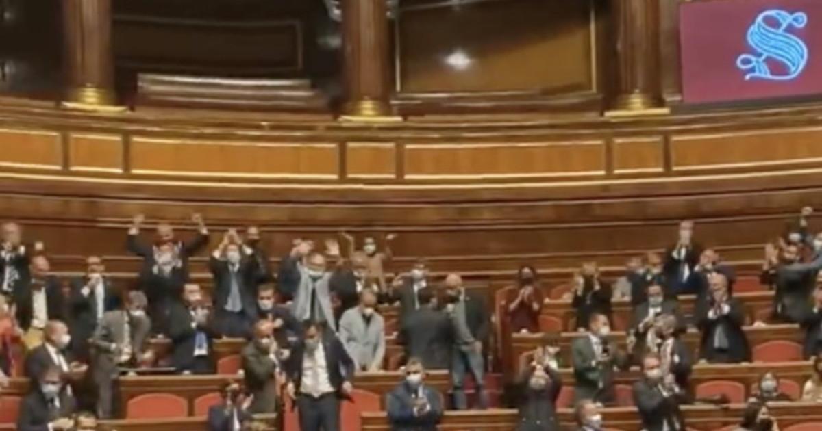 Il senato affonda il ddl Zan: approvata la