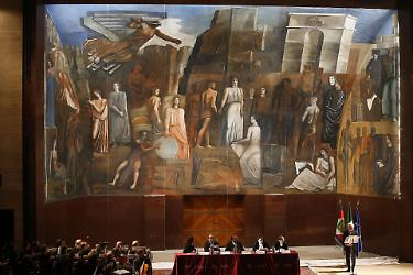 Restaurato il murale fascista di Mario Sironi: torna a ...