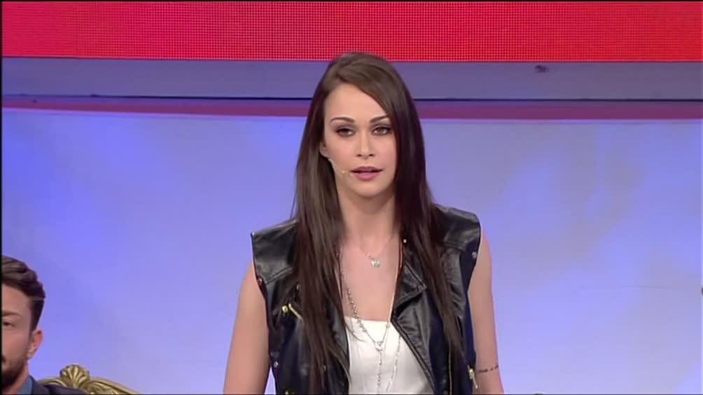 Maria De Filippi, Uomini e donne: il dramma di Valentina ...