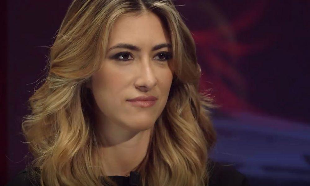 Annalisa Chirico umilia Andrea Scanzi: