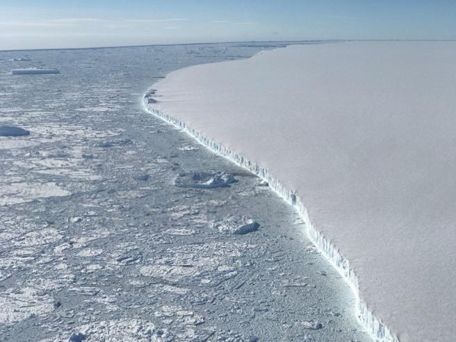 Самый большой ледник в регионе Лигурия: невообразимое, единственный способ остановить его продвижение